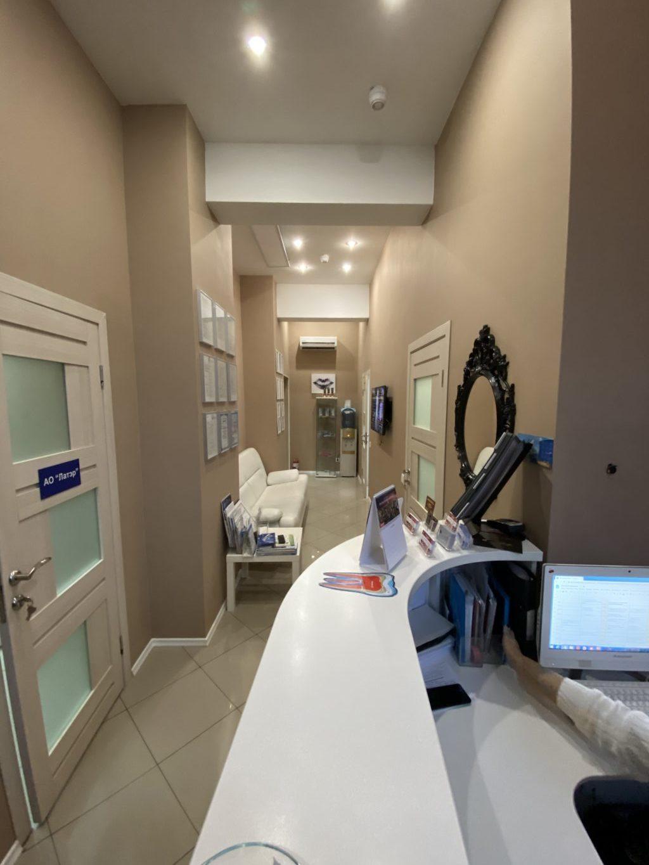 Холл стоматологической клиники ДЕНТА по адресу ул. Инженерная